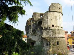 torre castruccio avenza